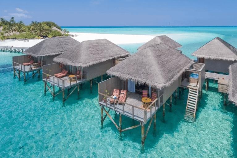 Constance Moofushi Maldives 5*