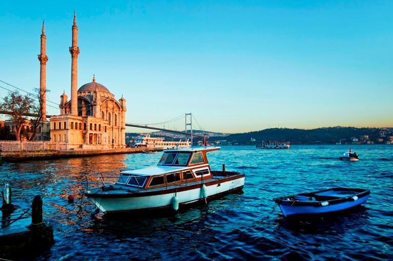 Istambul a Izmir<br>Férias de Verão
