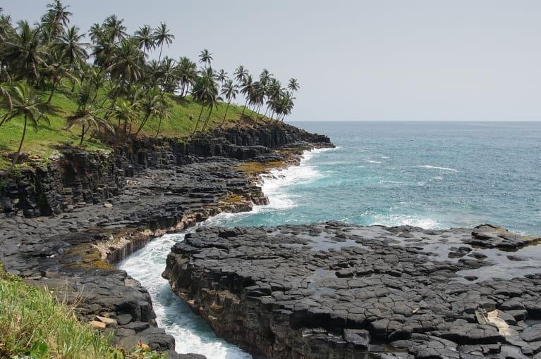 São Tomé + Rolas